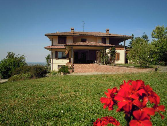 Villa in Vendita a Rivergaro