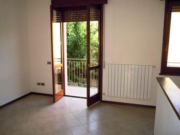 Soluzione Indipendente in vendita a Gossolengo, 6 locali, prezzo € 295.000 | Cambio Casa.it