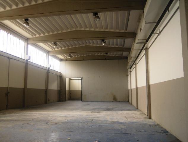 Magazzino in affitto a Calendasco, 9999 locali, prezzo € 1.334 | Cambio Casa.it