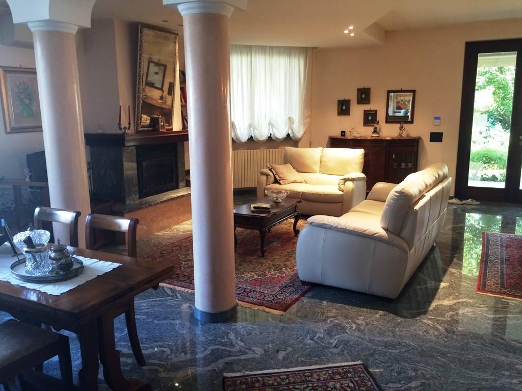 Villa Bifamiliare in Vendita a Gragnano Trebbiense