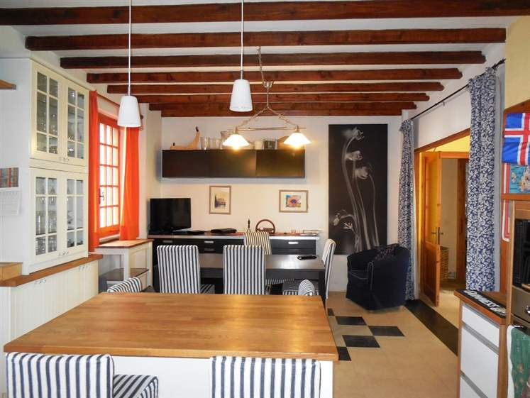 Villa in Vendita a Gropparello