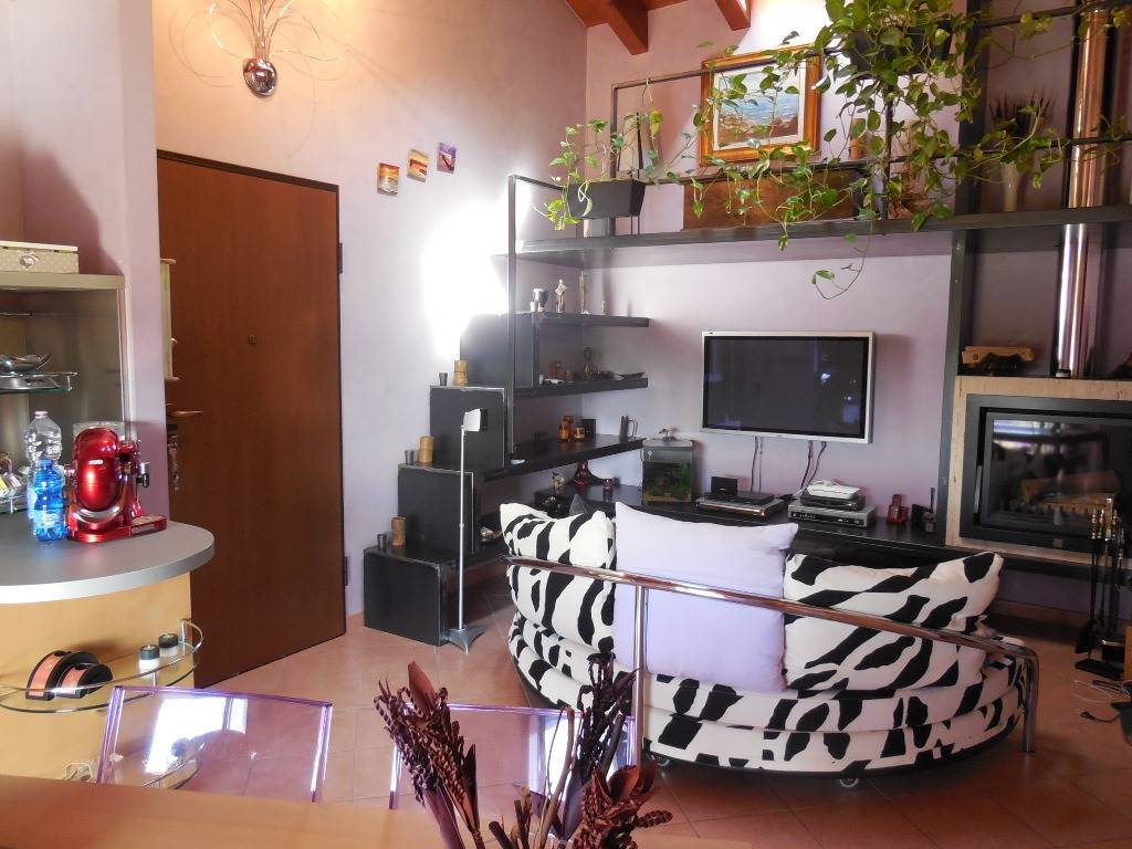 Appartamento in vendita a Piacenza, 3 locali, zona Località: LA VERZA, prezzo € 149.000 | CambioCasa.it