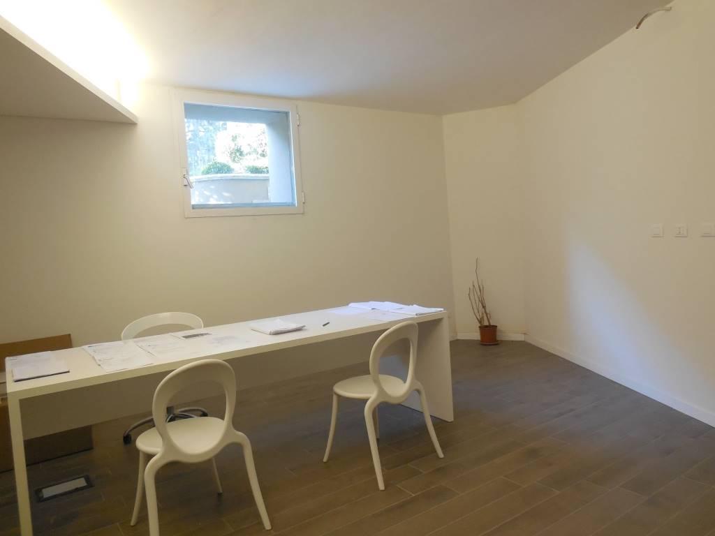Ufficio / Studio in affitto a Piacenza, 2 locali, zona Zona: Belvedere, prezzo € 500 | CambioCasa.it