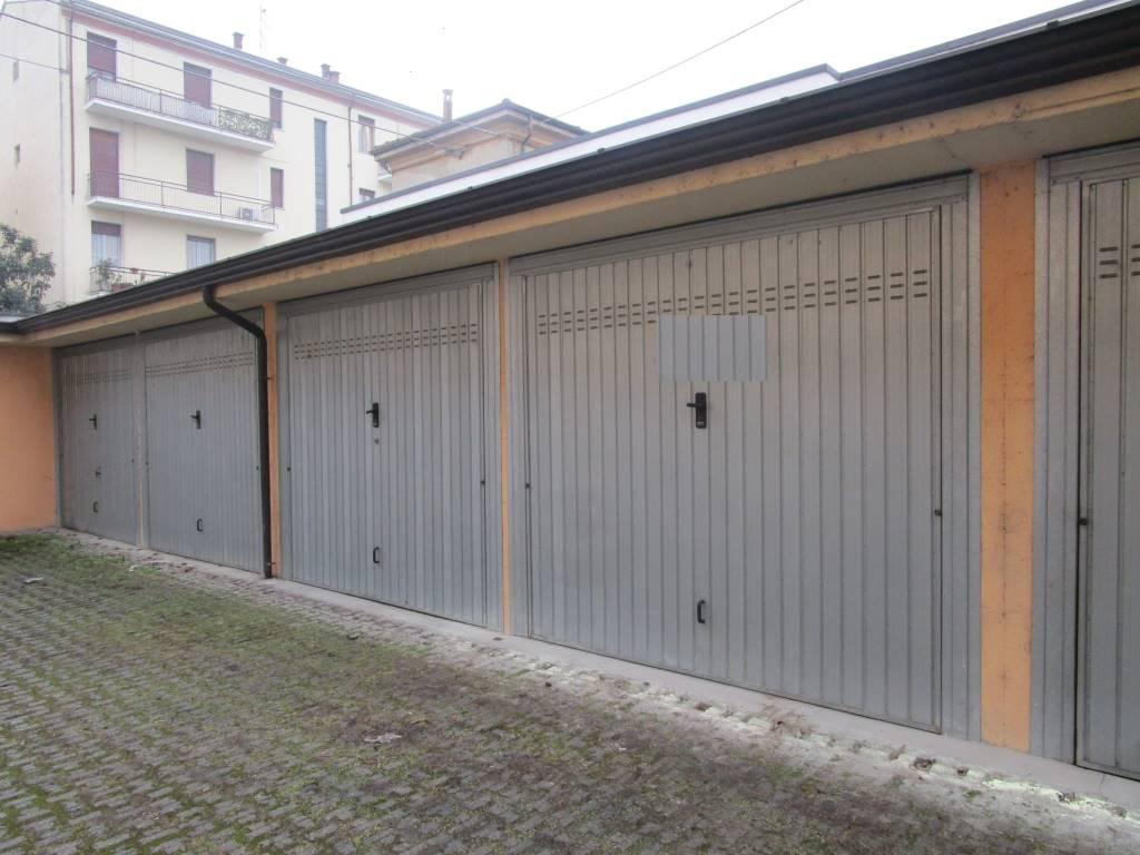 Box / Garage in vendita a Piacenza, 1 locali, zona Zona: B.ra Torino, prezzo € 15.000 | Cambio Casa.it