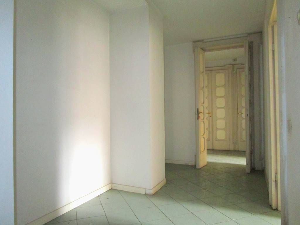 Ufficio / Studio in affitto a Piacenza, 3 locali, zona Zona: Centro storico, prezzo € 867 | CambioCasa.it