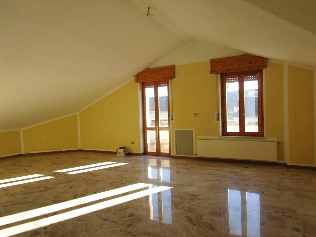 Appartamento in affitto a Vigolzone, 4 locali, zona Zona: Villò, prezzo € 550 | CambioCasa.it