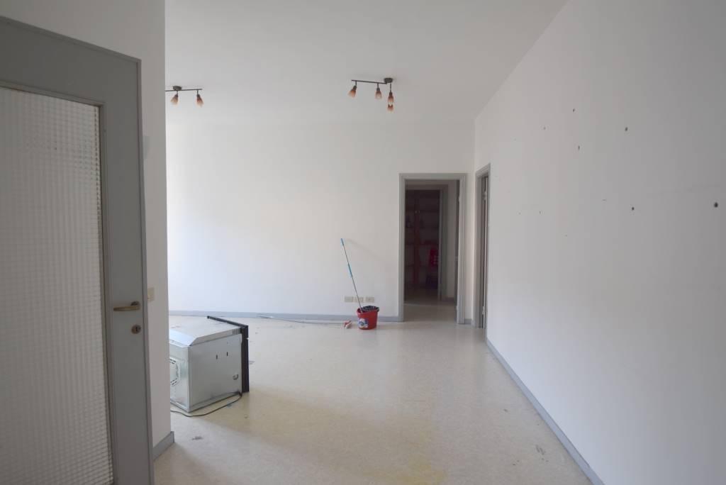 Appartamento in affitto a Piacenza, 3 locali, zona Località: CLINICA PIACENZA, prezzo € 500 | CambioCasa.it