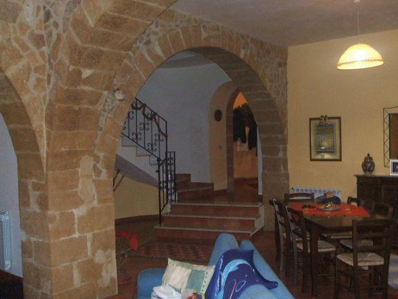 Soluzione Semindipendente in affitto a Salemi, 10 locali, zona Località: CENTRO STORICO, Trattative riservate | Cambio Casa.it