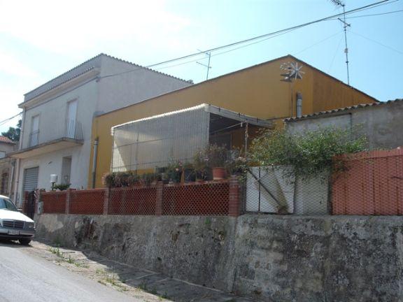 Villa vendita SALEMI (TP) - 5 LOCALI - 120 MQ