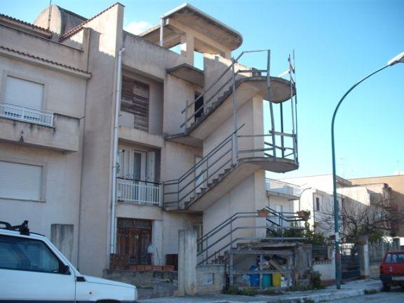 Soluzione Semindipendente in vendita a Vita, 8 locali, zona Località: PAESE NUOVO, prezzo € 80.000 | CambioCasa.it