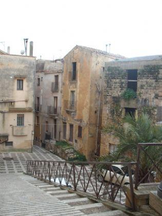 Soluzione Indipendente in vendita a Salemi, 10 locali, zona Località: CENTRO STORICO, prezzo € 75.000 | Cambio Casa.it