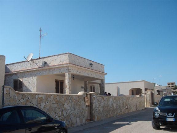 Villa in vendita a Castelvetrano, 5 locali, zona Località: TRISCINA, prezzo € 250.000 | Cambio Casa.it