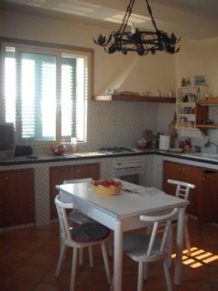 Villa in vendita a Salemi, 6 locali, zona Località: FILCI - SINAGIA, prezzo € 175.000 | Cambio Casa.it