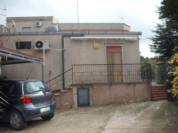 Villa in vendita a Salemi, 2 locali, zona Località: SAN CIRO, prezzo € 95.000 | CambioCasa.it