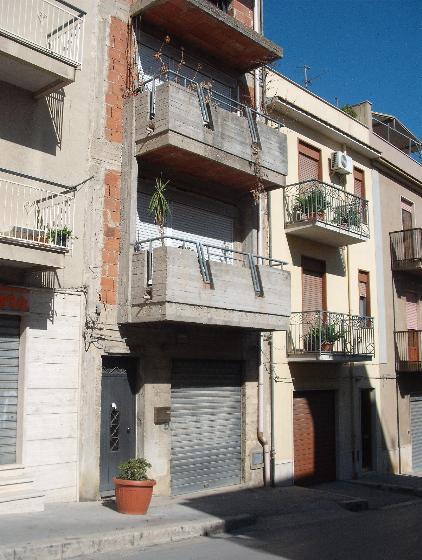 Soluzione Indipendente in vendita a Salemi, 10 locali, zona Località: CAPPUCCINI, prezzo € 130.000   Cambio Casa.it