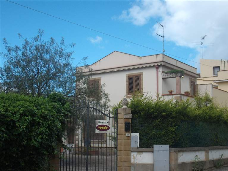 Villa in vendita a Salemi, 5 locali, zona Località: FILCI - SINAGIA, prezzo € 115.000 | Cambio Casa.it