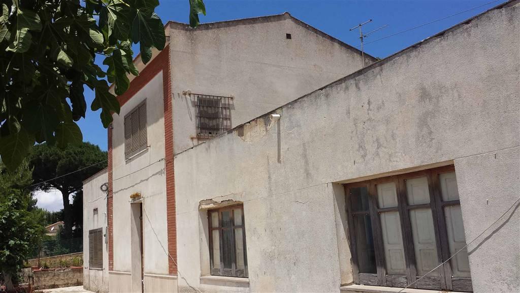 Villa in vendita a Salemi, 12 locali, zona Località: BAGNITELLI, Trattative riservate | Cambio Casa.it