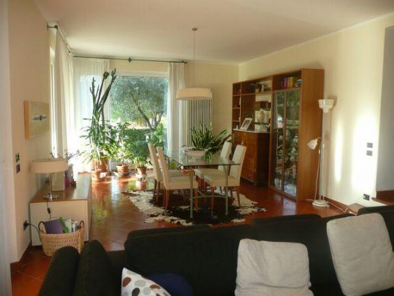 Villa Bifamiliare in Vendita a Pesaro