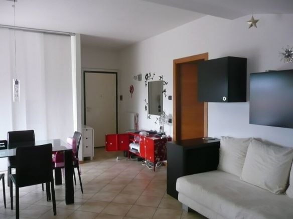 Attico / Mansarda in vendita a Pesaro, 3 locali, zona Zona: Pantano, Trattative riservate | Cambio Casa.it