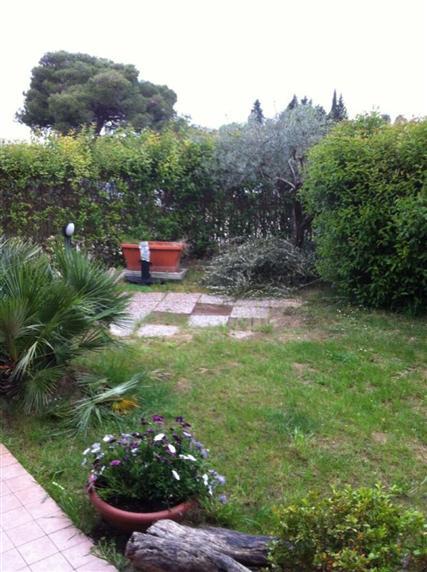 Soluzione Indipendente in Vendita a Pesaro