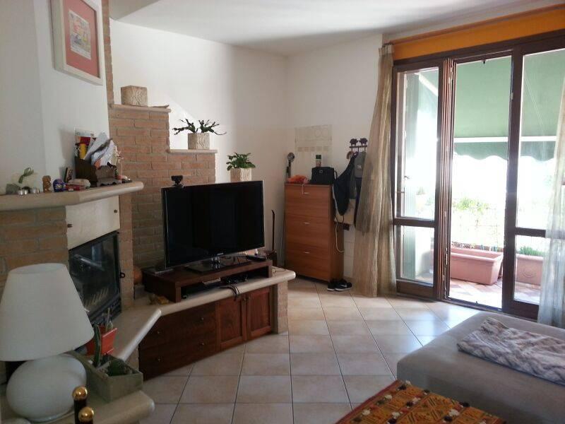 Appartamento in vendita a Fano, 3 locali, prezzo € 185.000   Cambio Casa.it