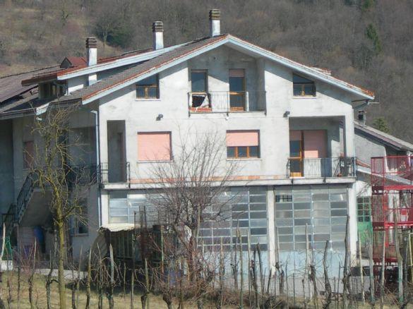 Casa Indipendente vendita FONZASO (BL) - 7 LOCALI - 462 MQ