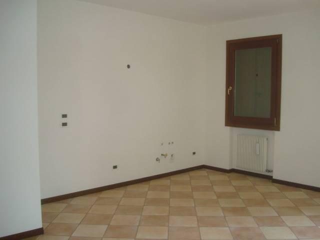 Appartamento in affitto a Quinto di Treviso, 3 locali, zona Zona: Santa Cristina, prezzo € 550 | Cambio Casa.it