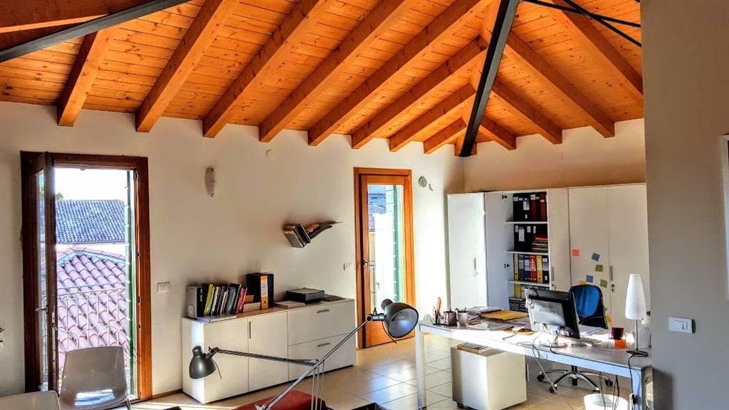 Appartamento in vendita a Zero Branco, 3 locali, prezzo € 178.000 | Cambio Casa.it