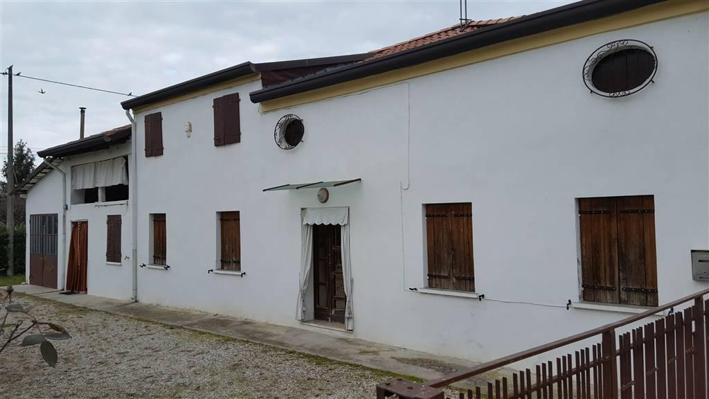 Rustico / Casale in vendita a Zero Branco, 6 locali, zona Località: SANTALBERTO, prezzo € 150.000 | Cambio Casa.it