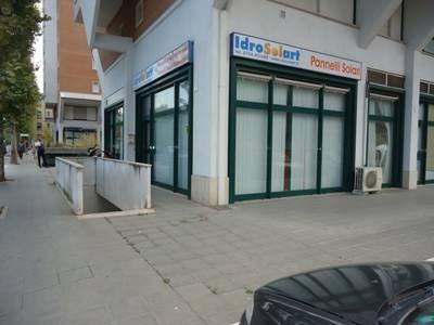 Immobile Commerciale in vendita a Terni, 1 locali, zona Località: ZONA QUESTURA, prezzo € 38.000 | CambioCasa.it