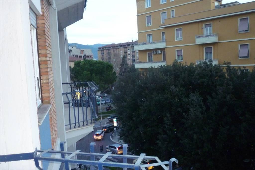 Appartamento in affitto a Terni, 6 locali, zona Zona: Centro, prezzo € 530 | Cambio Casa.it