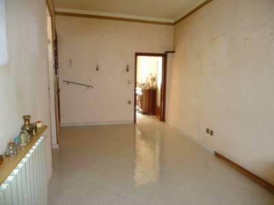 Appartamento in vendita a San Gemini, 4 locali, prezzo € 130.000   CambioCasa.it