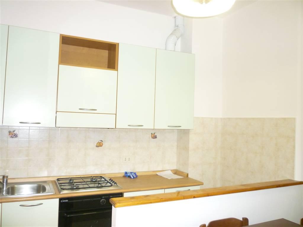 Appartamento in affitto a Terni, 3 locali, zona Località: VIA TURATI, prezzo € 390 | CambioCasa.it