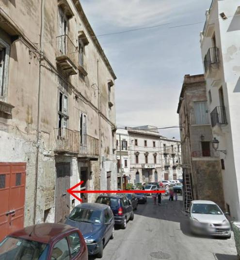 Palazzo / Stabile in vendita a Taranto, 10 locali, zona Zona: Isola Porta Napoli, prezzo € 80.000   Cambio Casa.it
