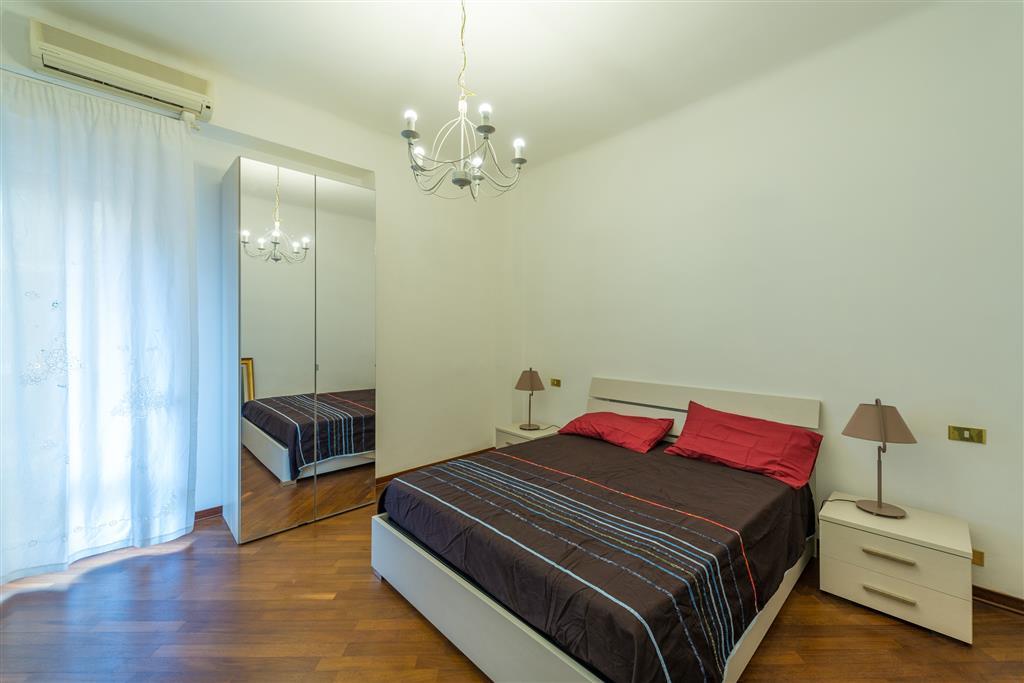 Appartamento in affitto a Taranto, 3 locali, zona Zona: Borgo, prezzo € 420 | CambioCasa.it