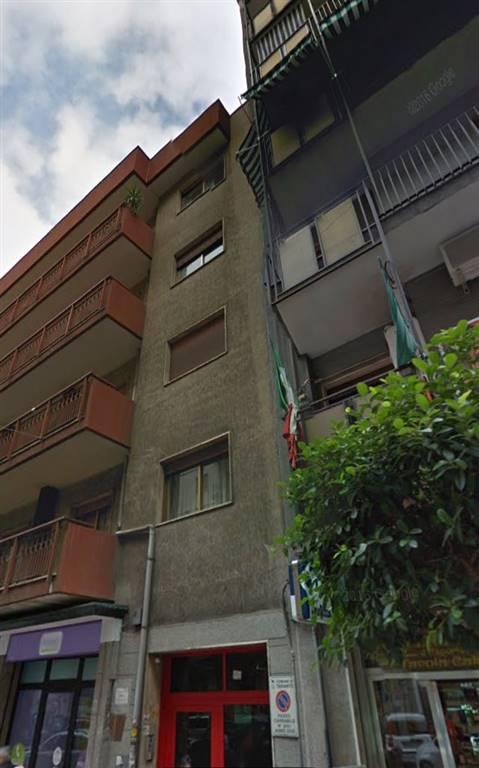 Appartamento in affitto a Taranto, 6 locali, zona Zona: Italia/Montegranaro, prezzo € 650 | CambioCasa.it