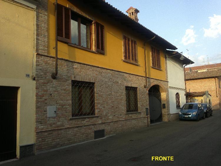 Soluzione Semindipendente in vendita a Pontecurone, 9 locali, prezzo € 265.000   CambioCasa.it
