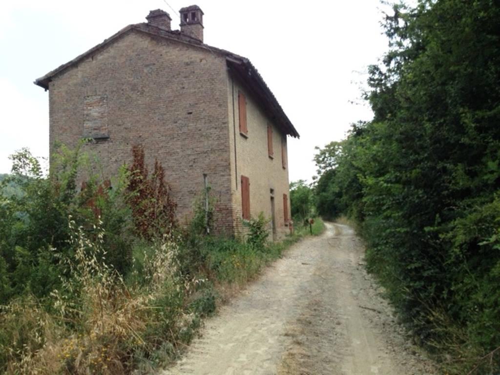 Rustico / Casale in vendita a Codevilla, 4 locali, prezzo € 90.000 | Cambio Casa.it