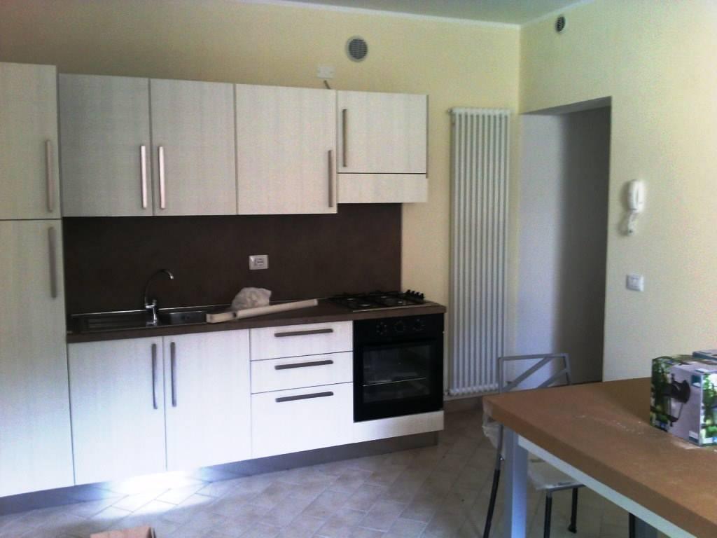 Appartamento in affitto a Rivanazzano, 2 locali, prezzo € 350 | CambioCasa.it