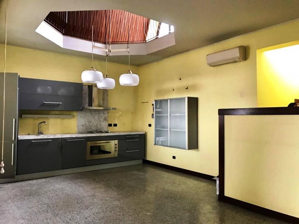 Attico / Mansarda in vendita a Voghera, 5 locali, prezzo € 200.000 | CambioCasa.it