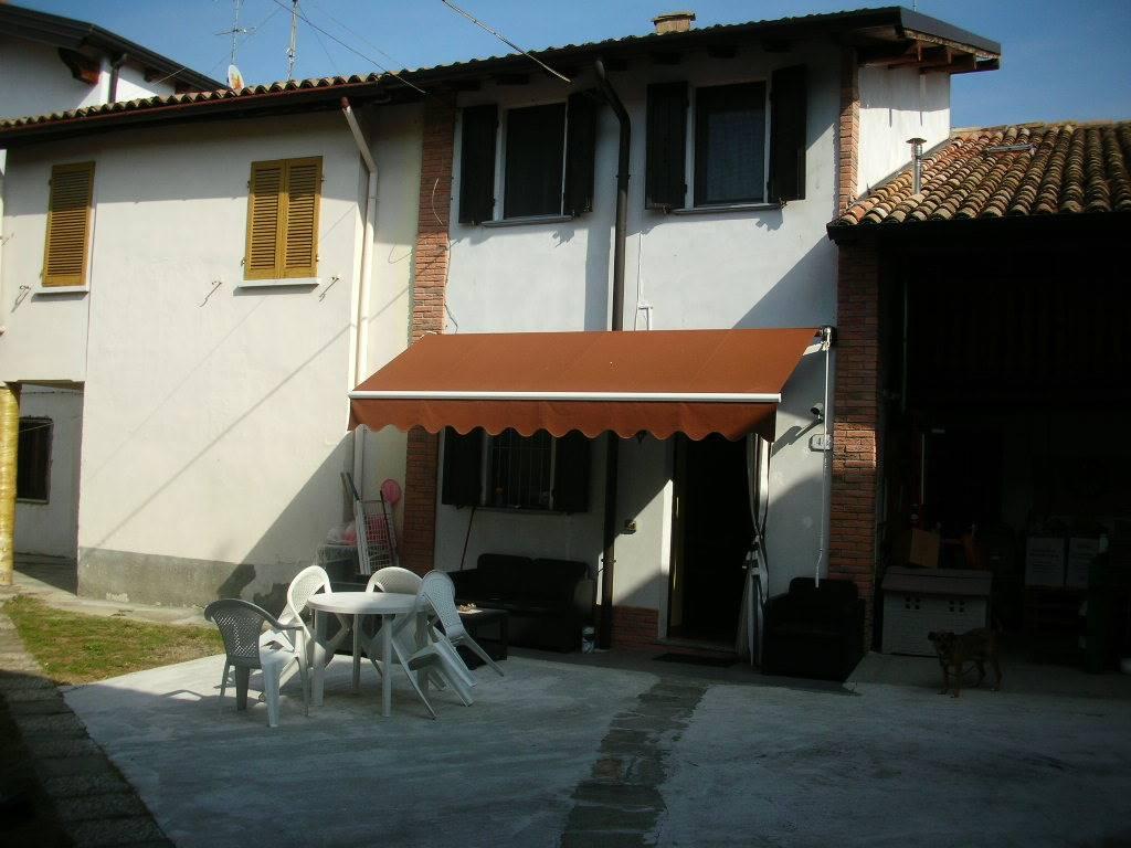 Soluzione Semindipendente in vendita a Codevilla, 3 locali, prezzo € 90.000 | CambioCasa.it