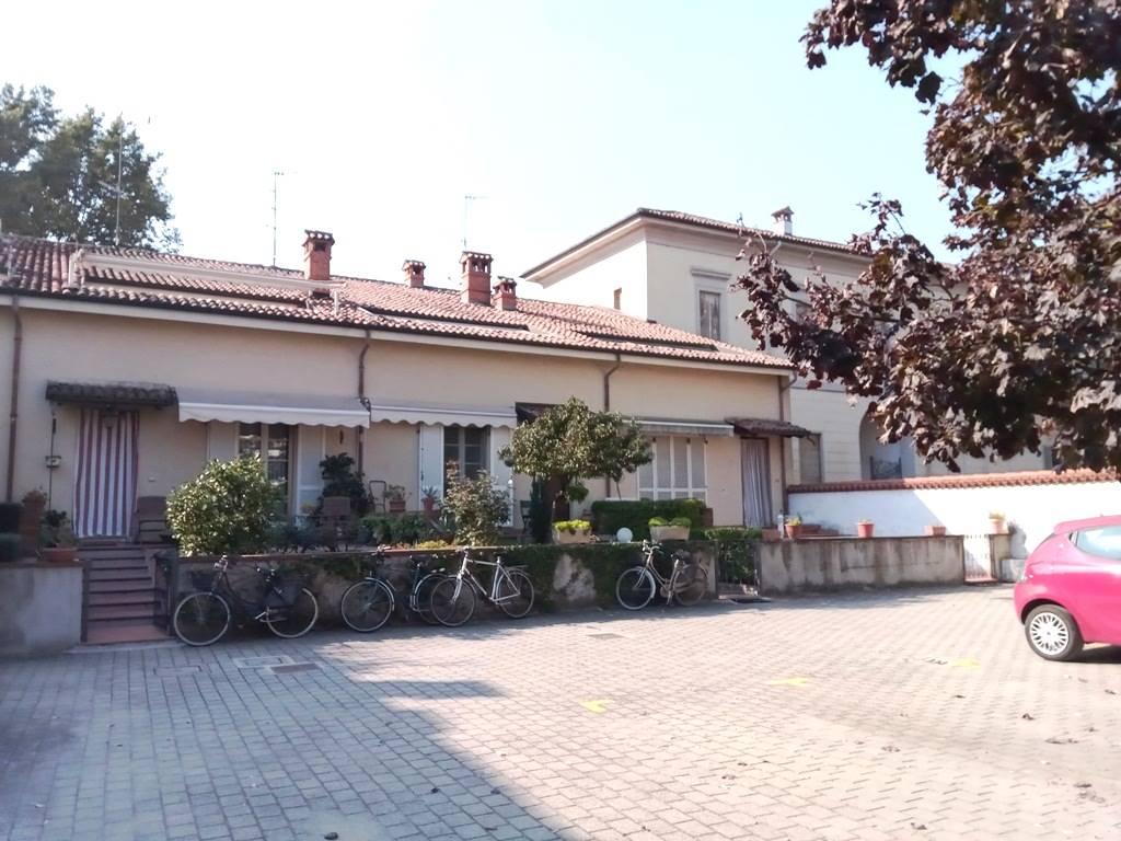 Villa a Schiera in vendita a Sannazzaro de' Burgondi, 4 locali, prezzo € 163.000 | CambioCasa.it