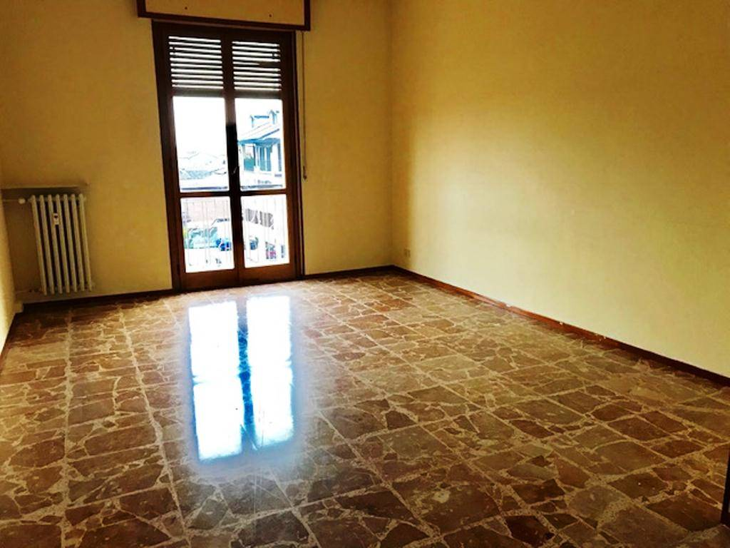 Appartamento in affitto a Tortona, 4 locali, prezzo € 370 | CambioCasa.it