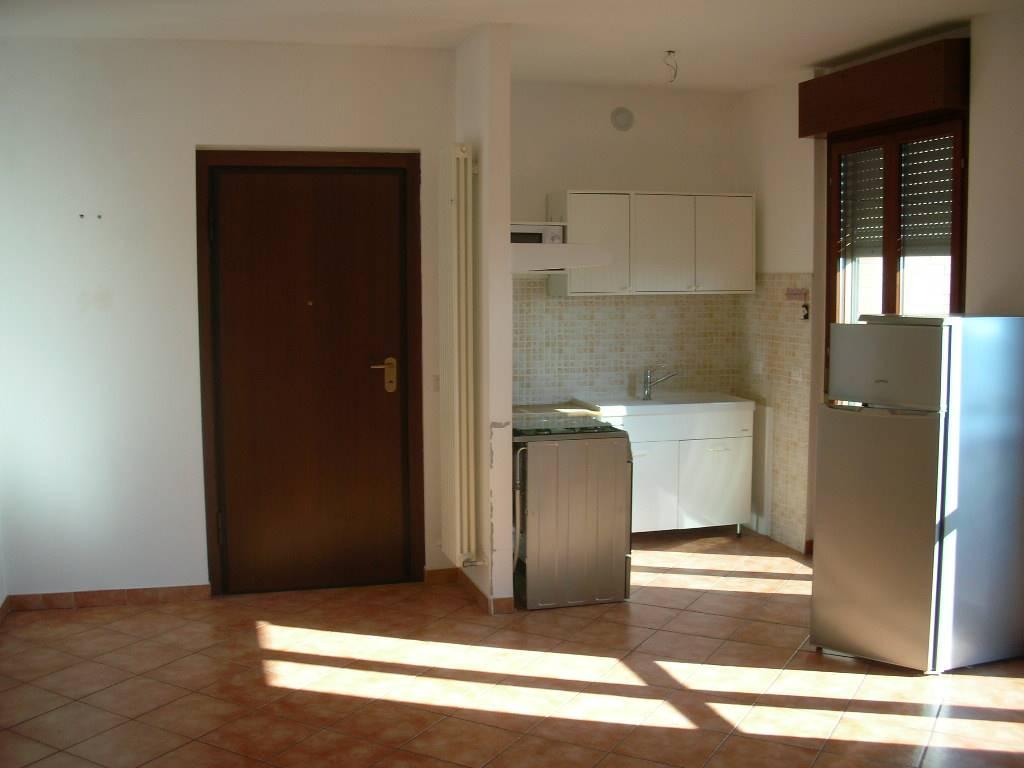 Appartamenti trilocali in affitto a voghera for Affitto voghera arredato