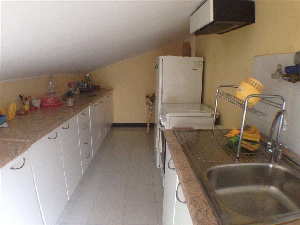 Cucina: Bilocale, Via Mazzini, Potenza