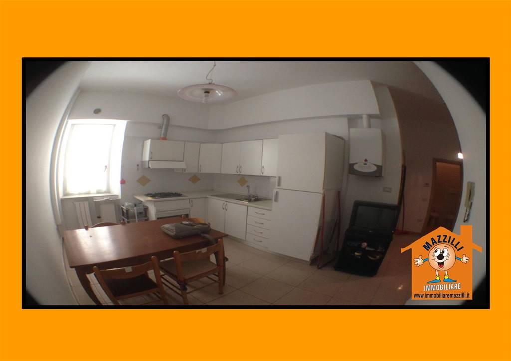 Appartamento in vendita a Potenza, 2 locali, prezzo € 48.000 | CambioCasa.it
