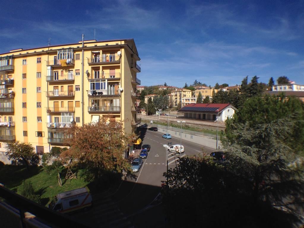 Ufficio / Studio in affitto a Potenza, 5 locali, prezzo € 600   CambioCasa.it