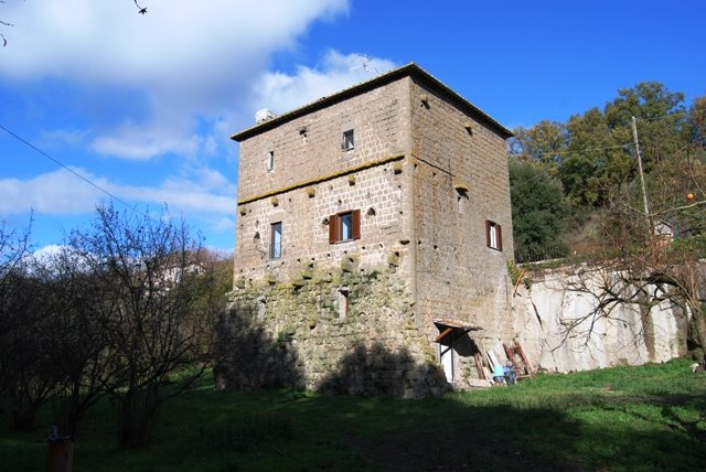 Rustico / Casale in vendita a Viterbo, 5 locali, zona Zona: Periferia, prezzo € 230.000   CambioCasa.it