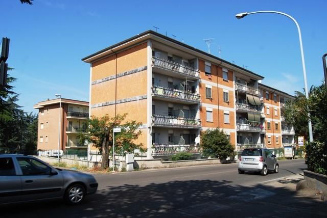 Appartamento a VITERBO 100 Mq | 6 Vani - Garage | Giardino 500 Mq