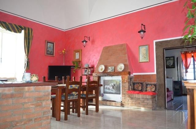Rustico casale a VITERBO 206 Mq | 8,5 Vani | Giardino 1320 Mq